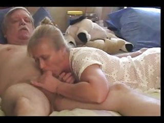 Old Cock sucking Good Working