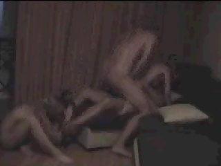 sesso in 4 con doppia penetrazione