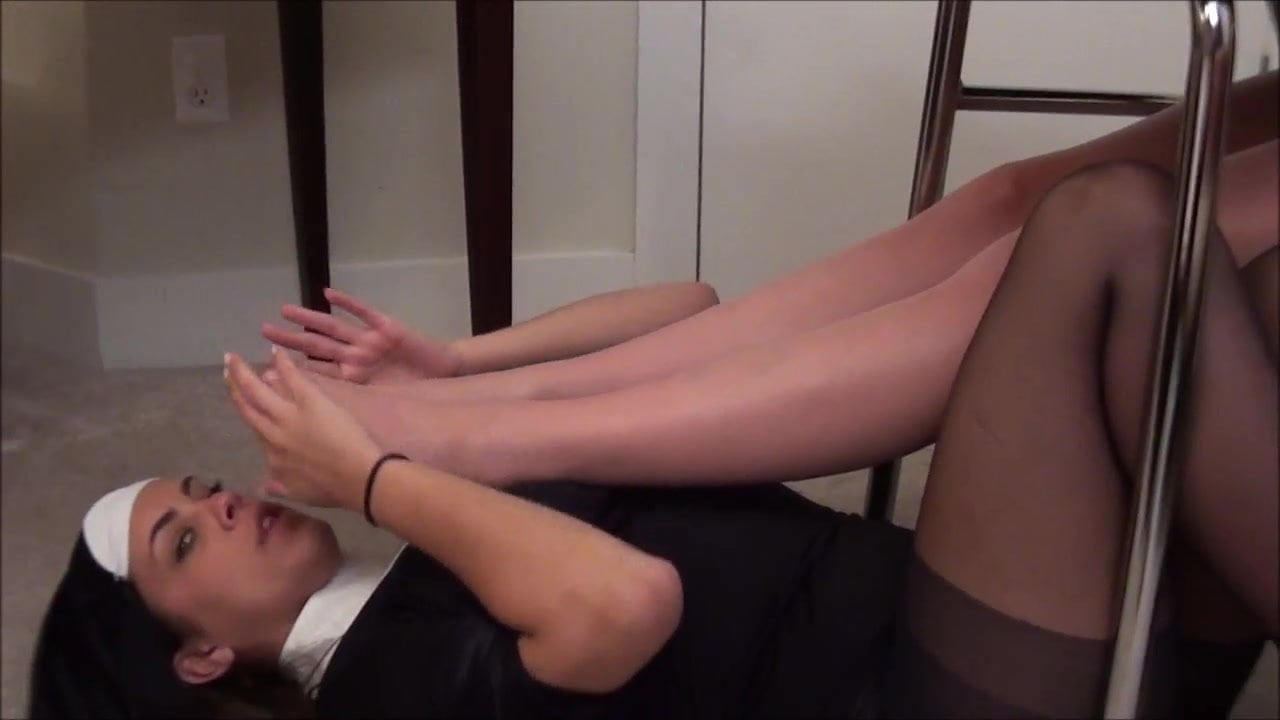 Teen Double Footjob Blowjob