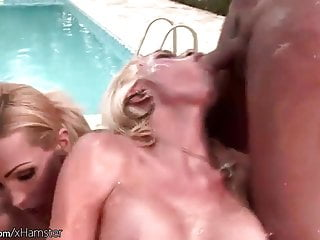 Get messy tight anal holes outdoors...