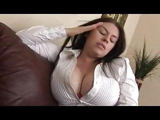 Daphne Rosen farting