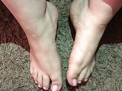 Cum On Pretty Pink Toes (Sexy Feet)