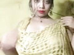 Big boob show bangali boudi