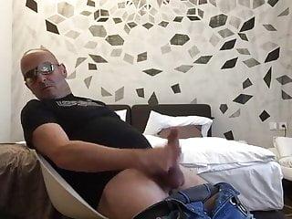 Man always hot when je masturbing