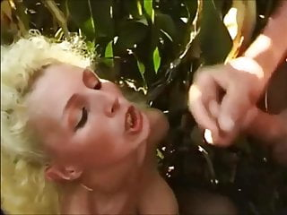 Blonde Suzette blowjob and facial