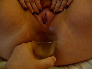 Sexy BBW gushes & squirts to fill glass with her cum juices