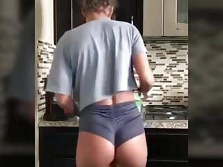 Sommer ray (FUCKABLE ASS THAN ANYONE)