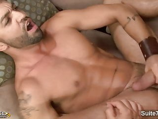 Hefty married guy gets fucked by...