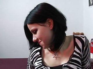 Dutch Gothic Girl - Tieners Voor Geld klassieker