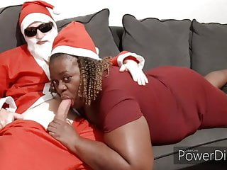 santa claus se fait sucer par ma grosse pute black HD Sex Videos