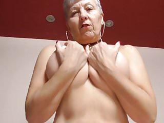 Nonna con grandi tette e vecchia fica affamata
