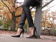 Leyla feet on the street