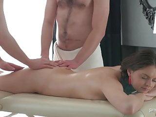 Beautiful Amateur Teen Enjoy Sucking Two Hard Cocks