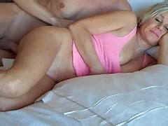 he fell in with  mother and finished her assfree full porn