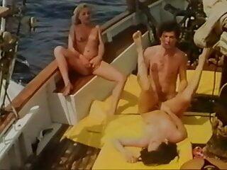 James bande vs os sex 69 1986 france...