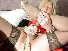Elegant T-model Carolyn In Crimson Sundress & Tights Cums On Bed