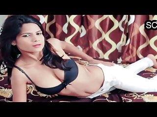 Super sexy hot desi girl's solo seduction