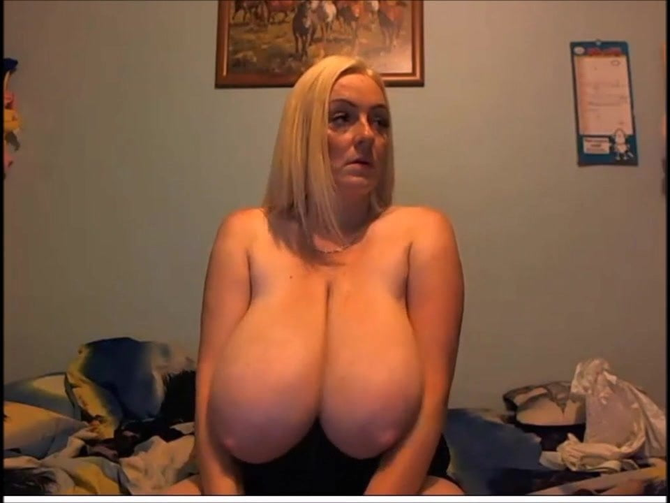 Webcam Striptease Big Tits